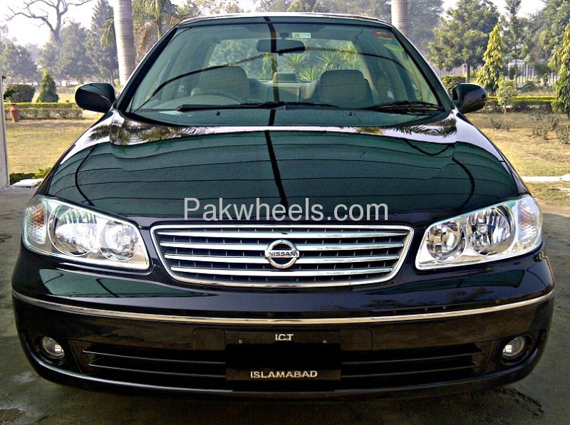 Nissan Sunny Super Saloon 1.6 2012 Image-1