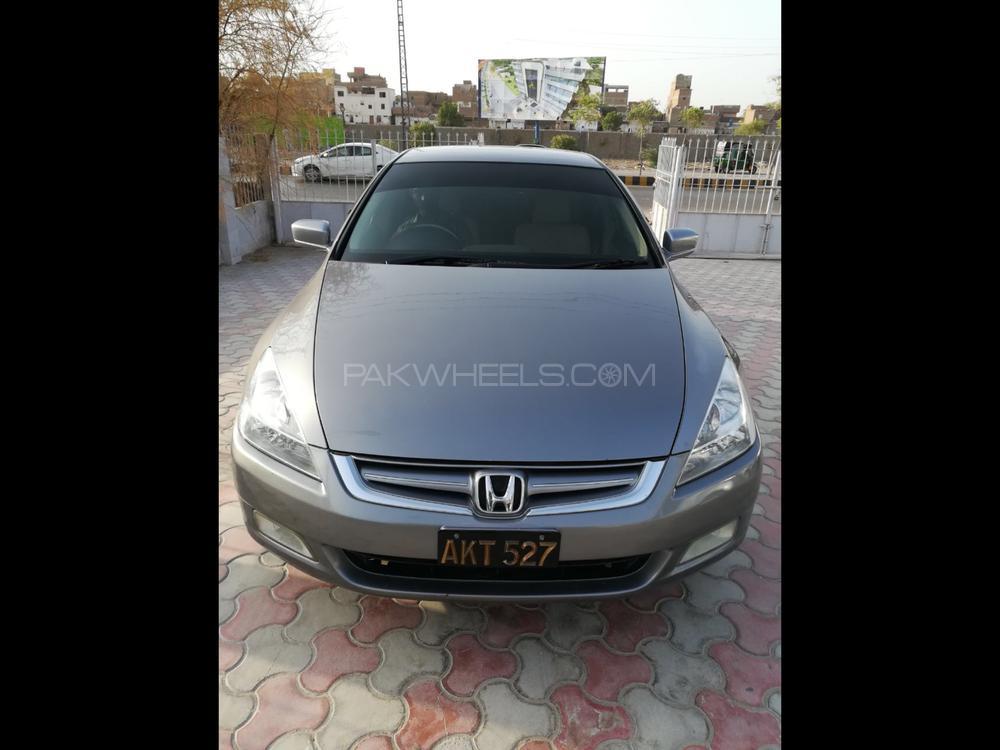Honda Accord VTi 2.4 2006 Image-1