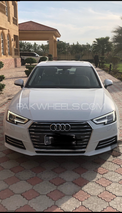 Audi A4 2017 Image-1