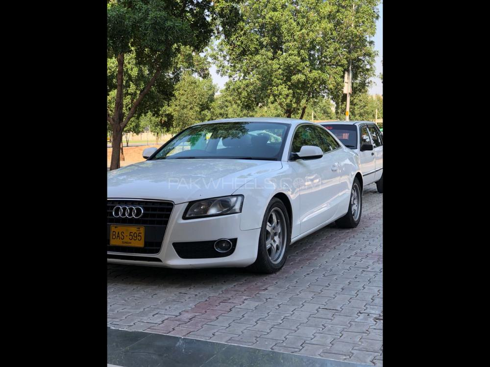 Audi A5 1.8 TFSI 2010 Image-1