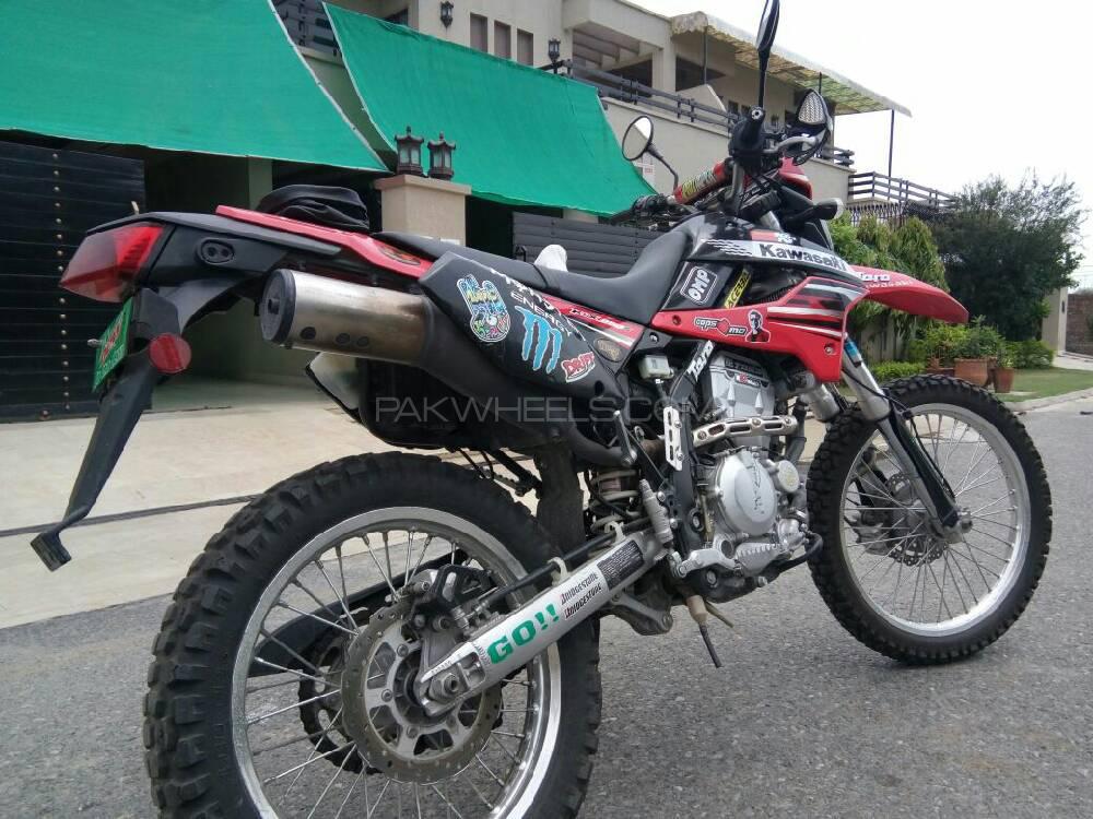 Kawasaki KLX250S 2012 Image-1