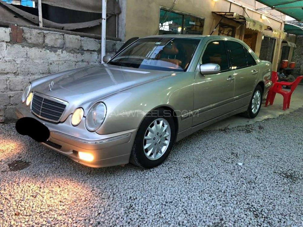 Mercedes Benz E Class E280 2000 Image-1