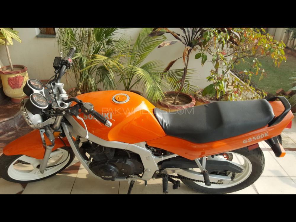 Suzuki GS500E 1997 Image-1