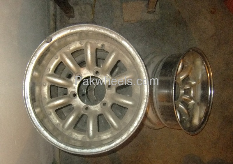 jeep hollow rim 6nuts for sale  for sale in islamabad