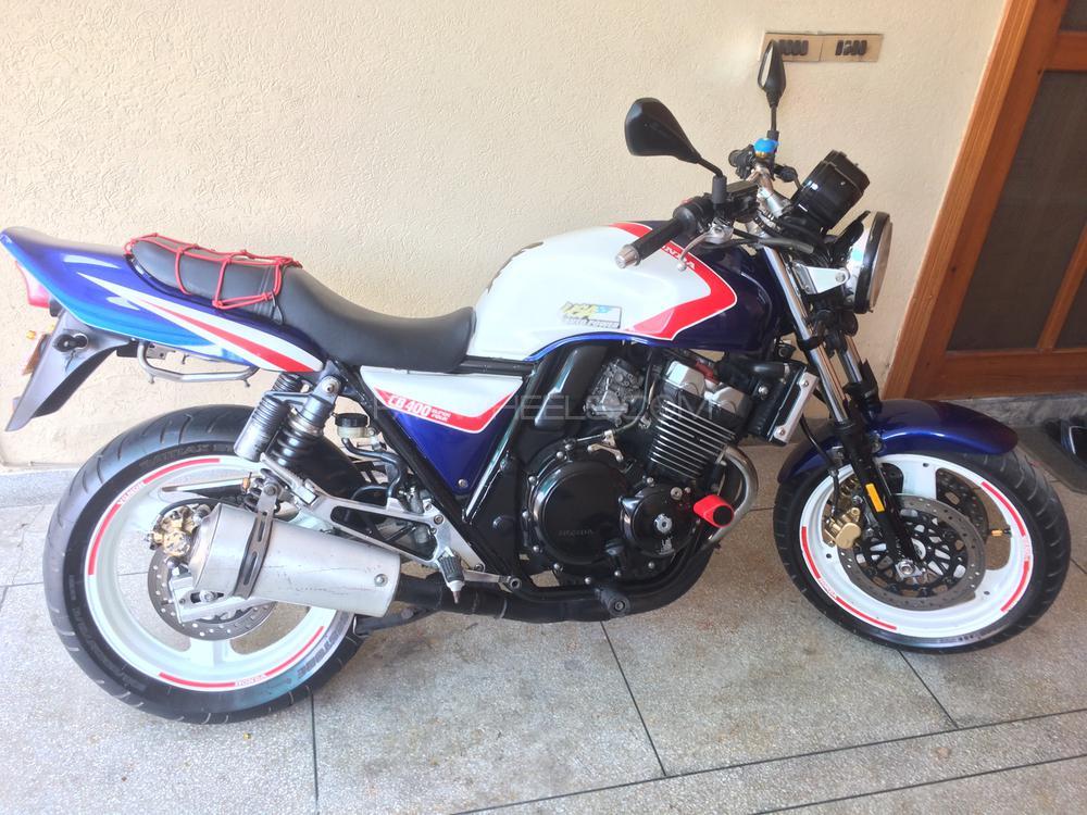 Honda CB400 1995 Image-1