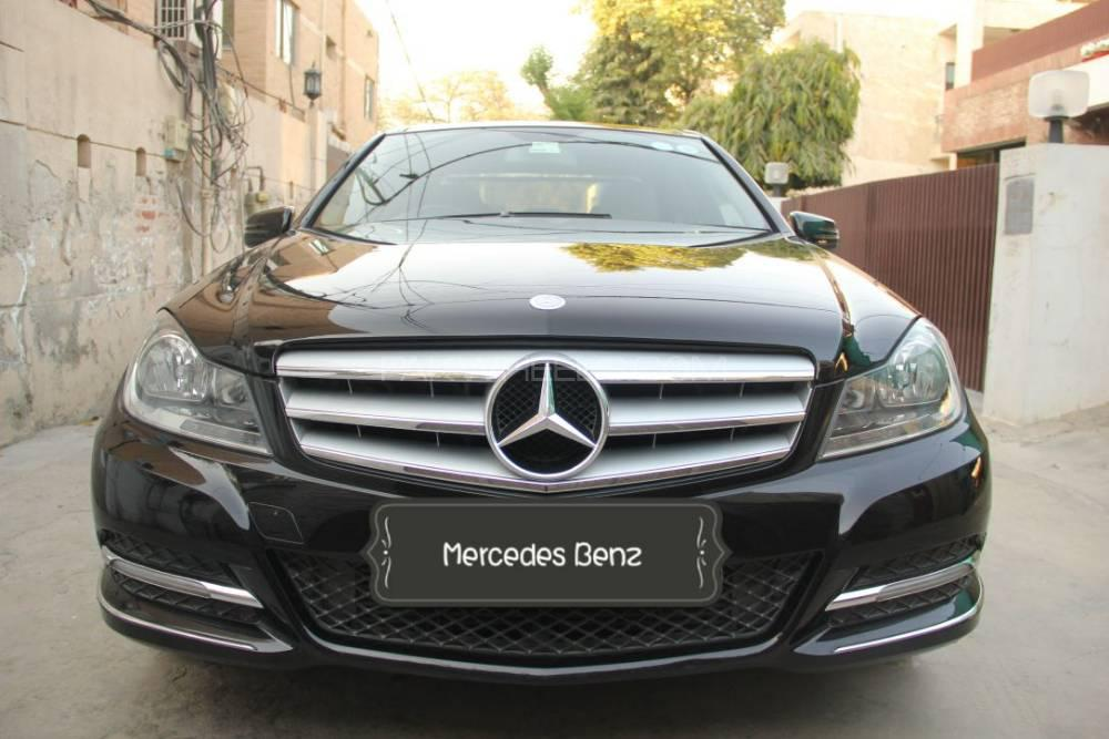 Mercedes Benz C Class C200 2012 Image-1