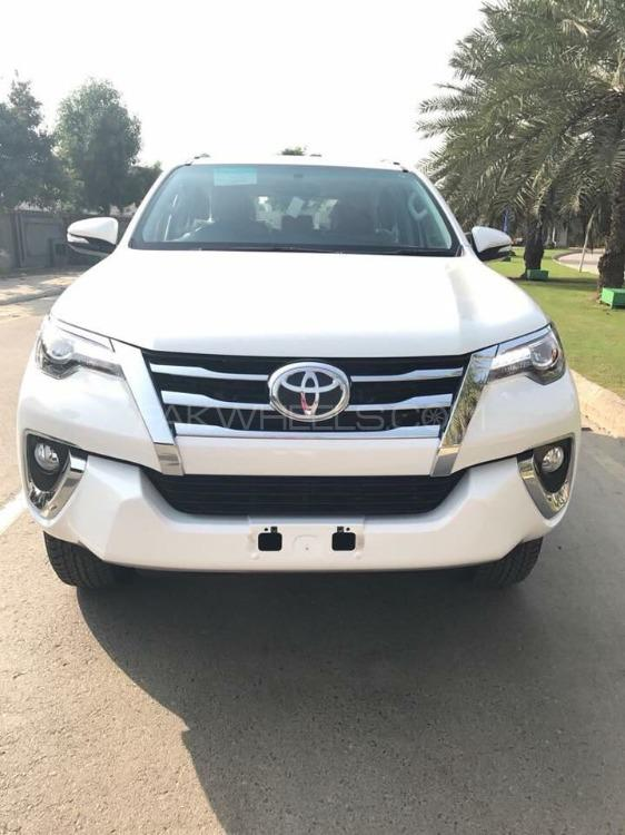 Toyota Fortuner 2.8 Sigma 4 2018 Image-1