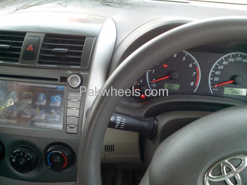 Toyota Corolla 2010 Image-9