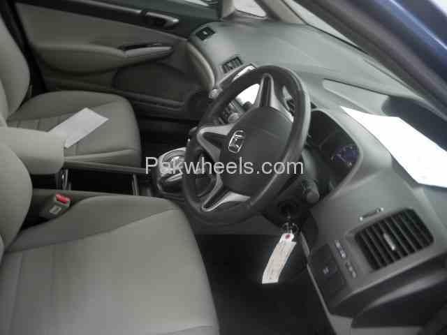 Honda Civic Hybrid 2010 Image-4