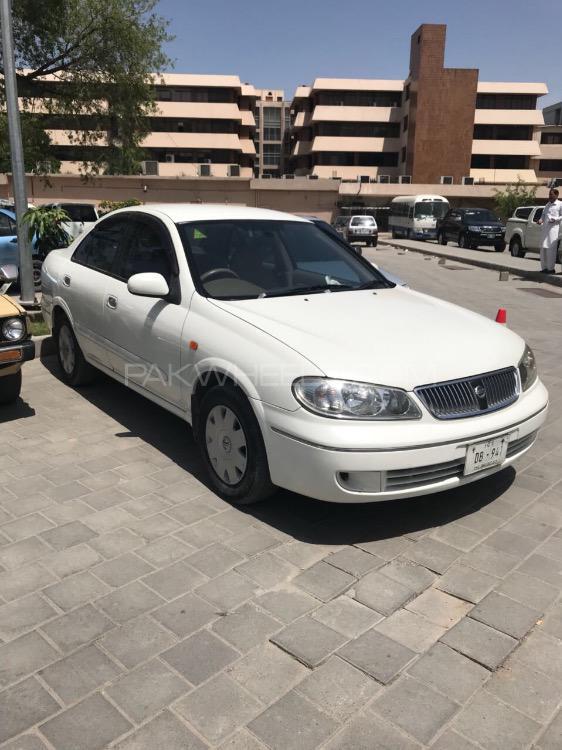 Nissan Sunny 2005 Image-1