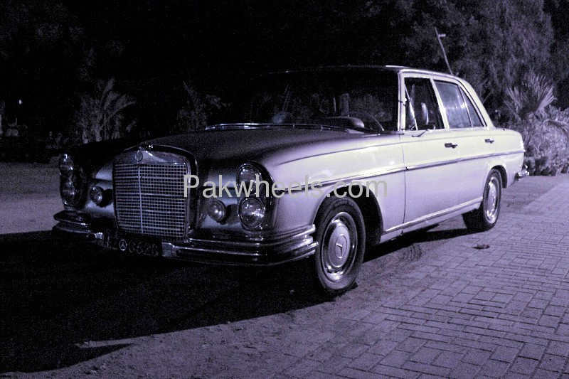 Mercedes benz s class s280 1971 for sale in karachi for Mercedes benz s280 for sale