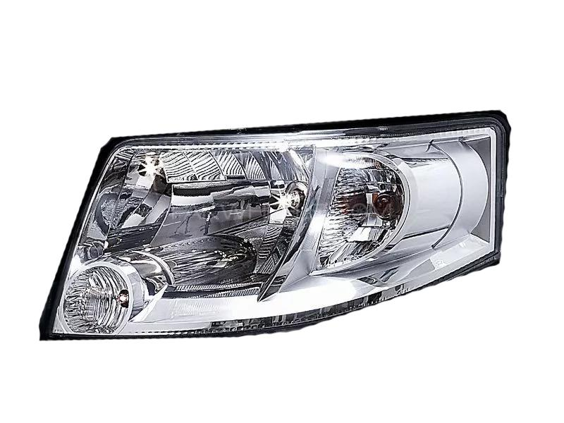 Suzuki Apv 2005-2018 Facelift Genuine Head Light RH in Lahore