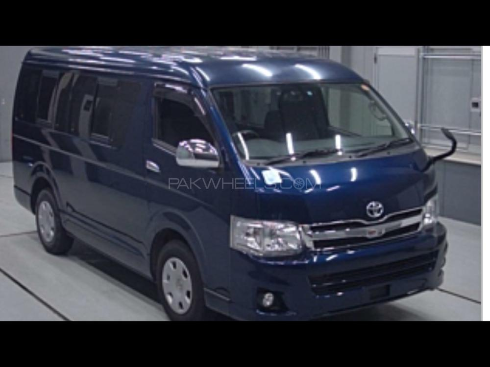 Toyota Hiace Mid-Roof 2.7 2013 Image-1