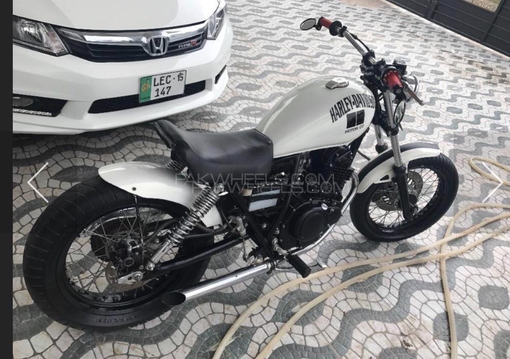 Suzuki GN 250 1992 Image-1