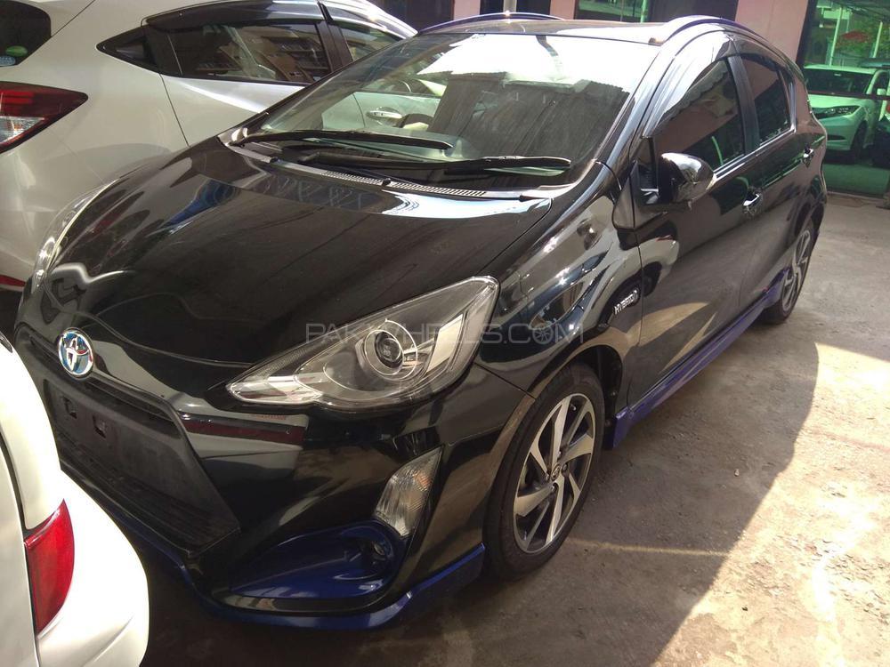 Toyota Aqua S 2016 Image-1