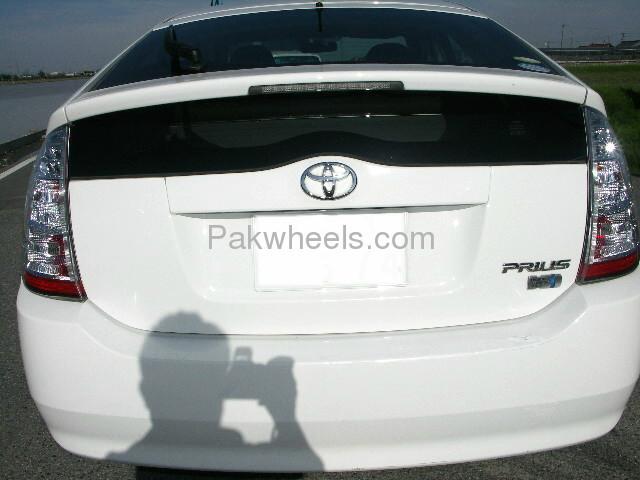 Toyota Prius EX 1.5 2010 Image-5