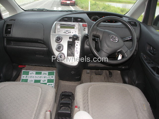 Toyota Ractis 1.3X 2007 Image-6