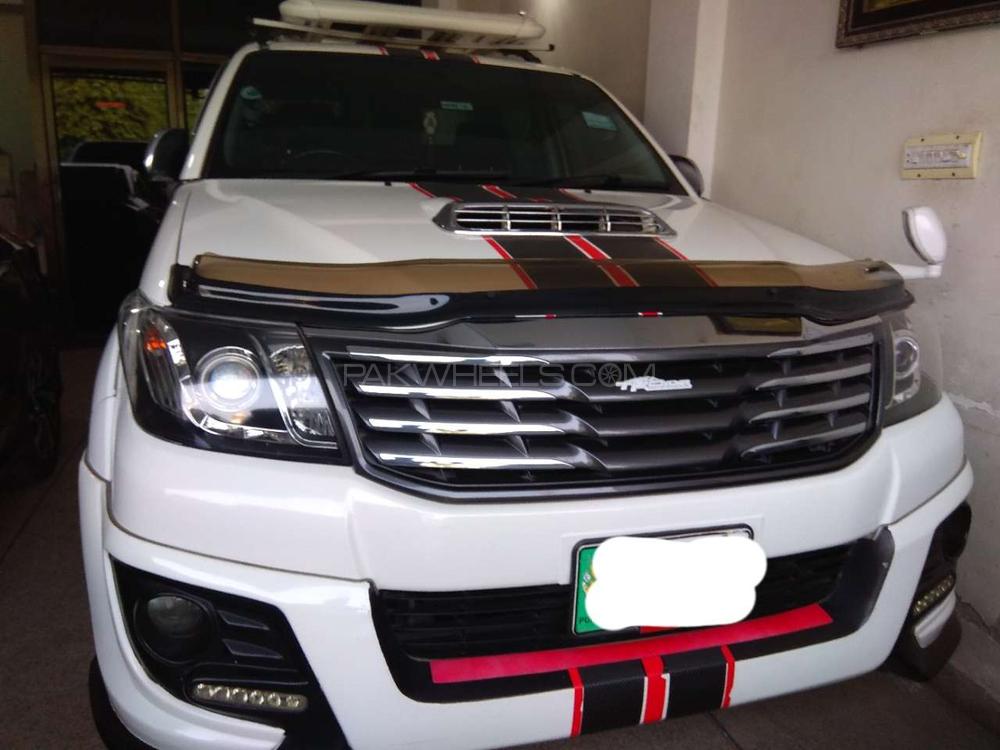 Toyota Hilux Vigo Champ TRD Sportivo  2014 Image-1