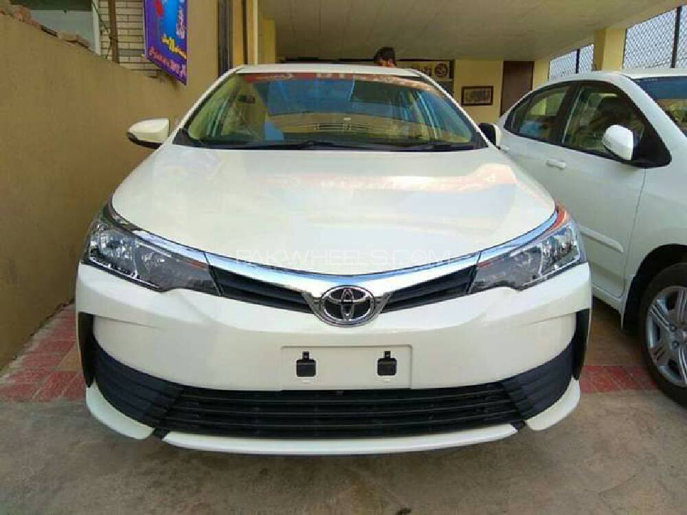 Toyota Corolla GLi 1.3 VVTi 2018 Image-1