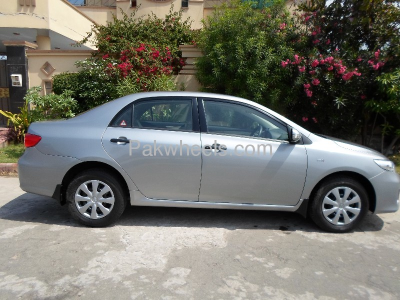 used toyota corolla xli 2012 car for sale in faisalabad 553512 pakwheels. Black Bedroom Furniture Sets. Home Design Ideas