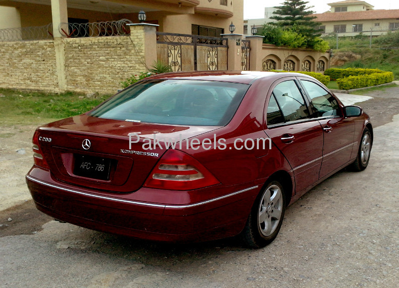 used mercedes benz c class c200 2001 car for sale in islamabad 653854 pakwheels. Black Bedroom Furniture Sets. Home Design Ideas
