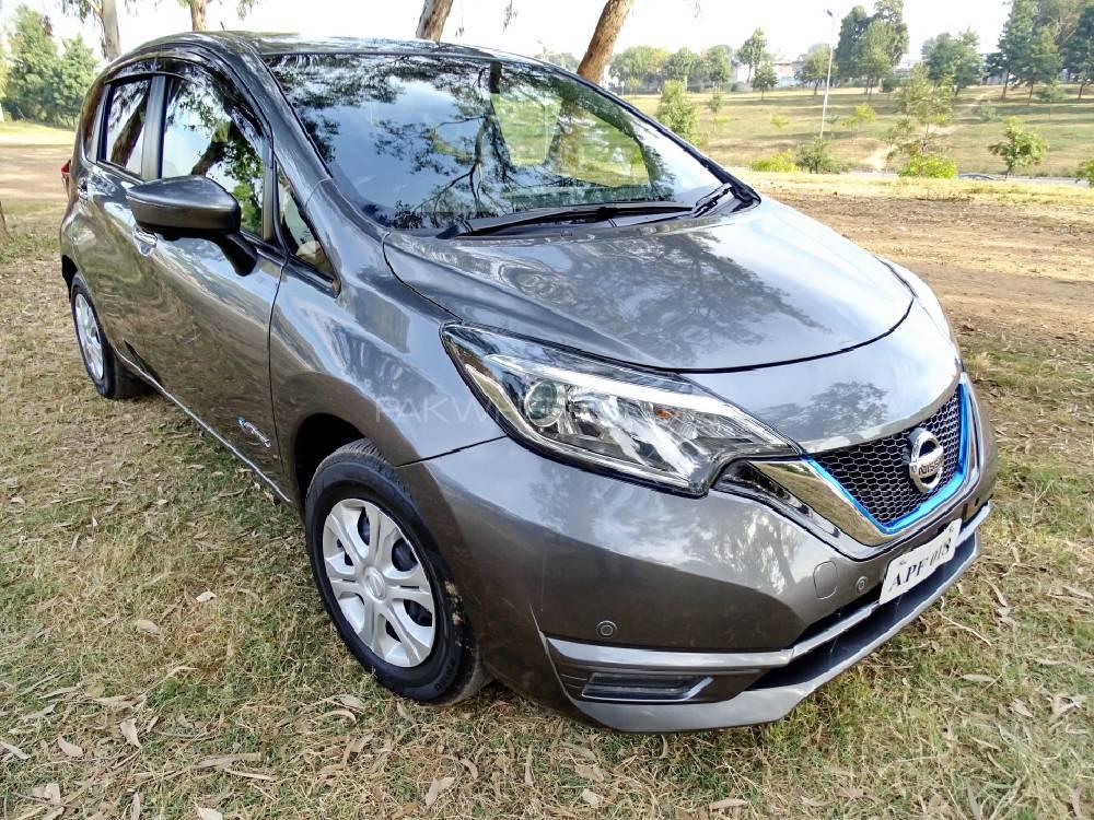 nissan note e 2017 for sale in islamabad pakwheels. Black Bedroom Furniture Sets. Home Design Ideas