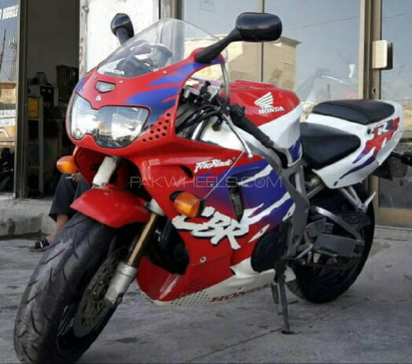 Used Honda Cbr 1000rr 2000 Bike For Sale In Jhang 230737