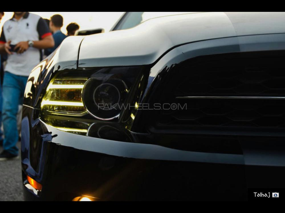 Ford Mustang 2014 Image-1
