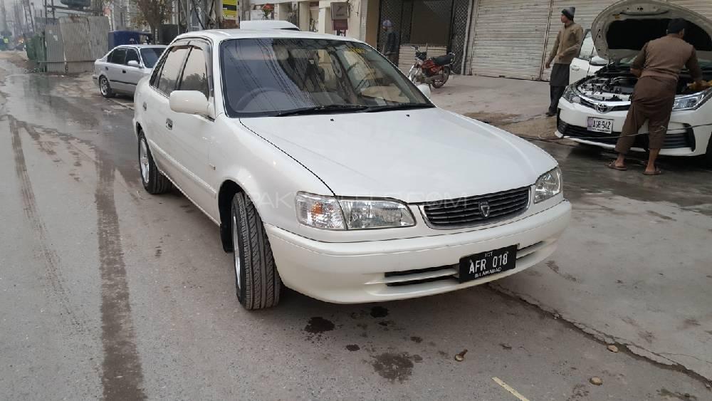 Toyota Corolla XE Limited 2000 Image-1