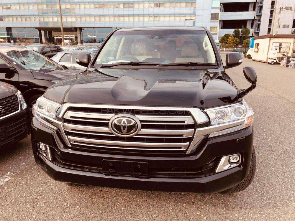 Toyota Land Cruiser AX 2018 Image-1