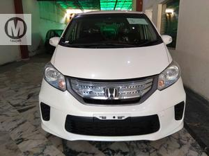 Used Honda Freed 2013