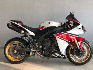 Yamaha YZF R1 Bikes for Sale in Pakistan | PakWheels