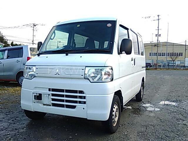 Mitsubishi Minicab Bravo 2013 Image-1