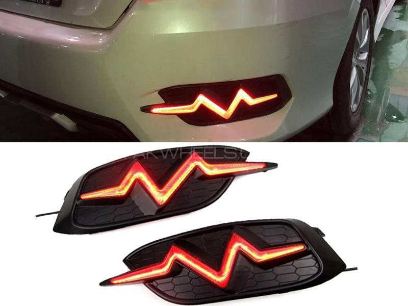 Heart Beat Style Rear Reflector For Honda Civic 2016-2019 Image-1