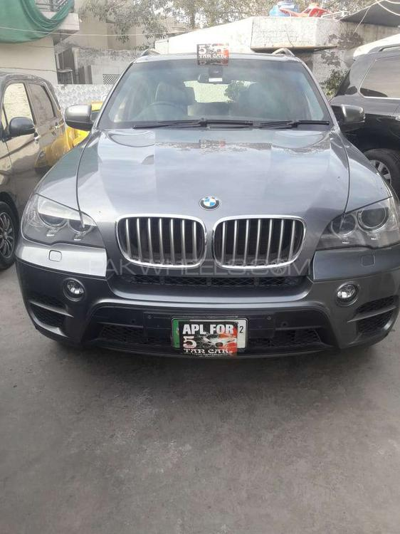BMW X5 Series xDrive48i 2012 Image-1