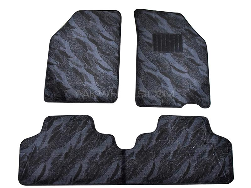 Carpet Floor Mats For Suzuki Swift 2010-2017 - Black in Karachi