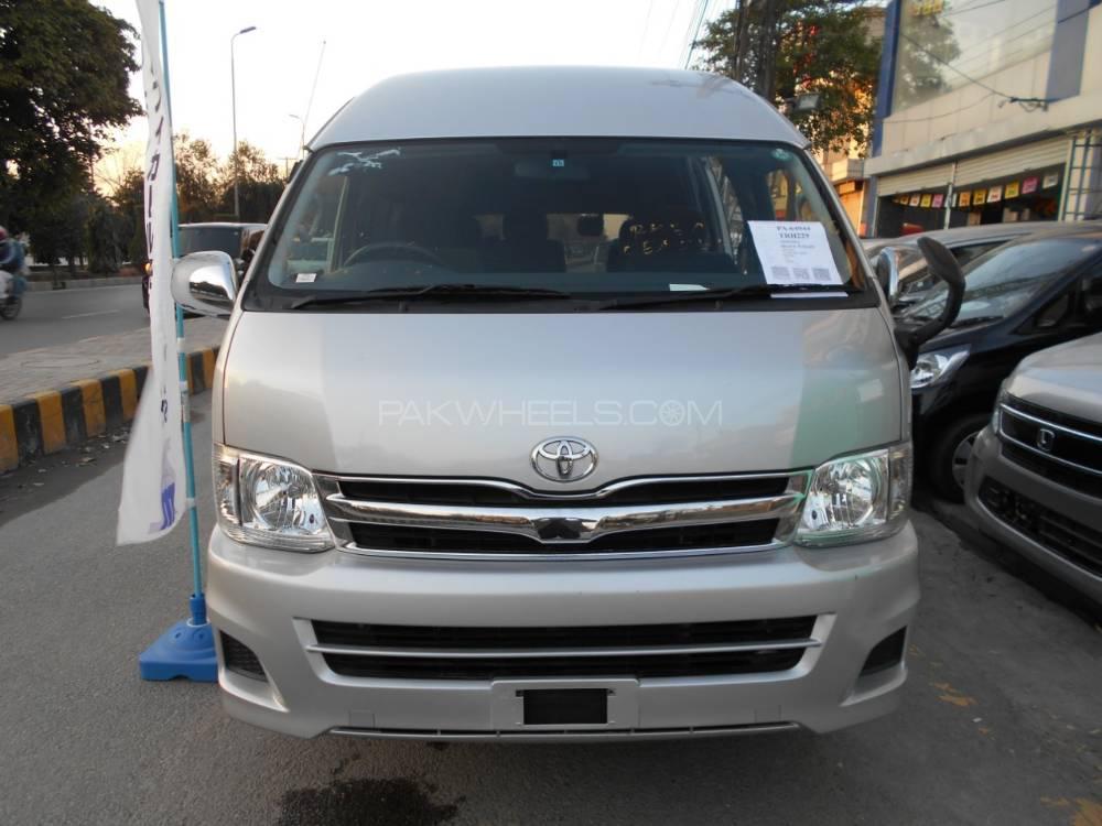 Toyota Hiace TRH 229 2013 Image-1
