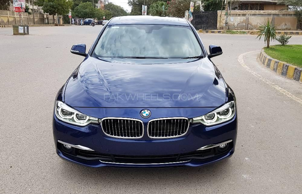 BMW 3 Series 318i 2016 Image-1