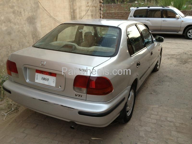 Honda Civic VTi 1.6 1997 Image-6