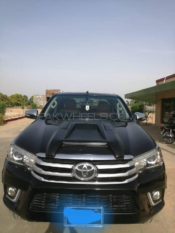 Toyota Hilux 2018 Image-1