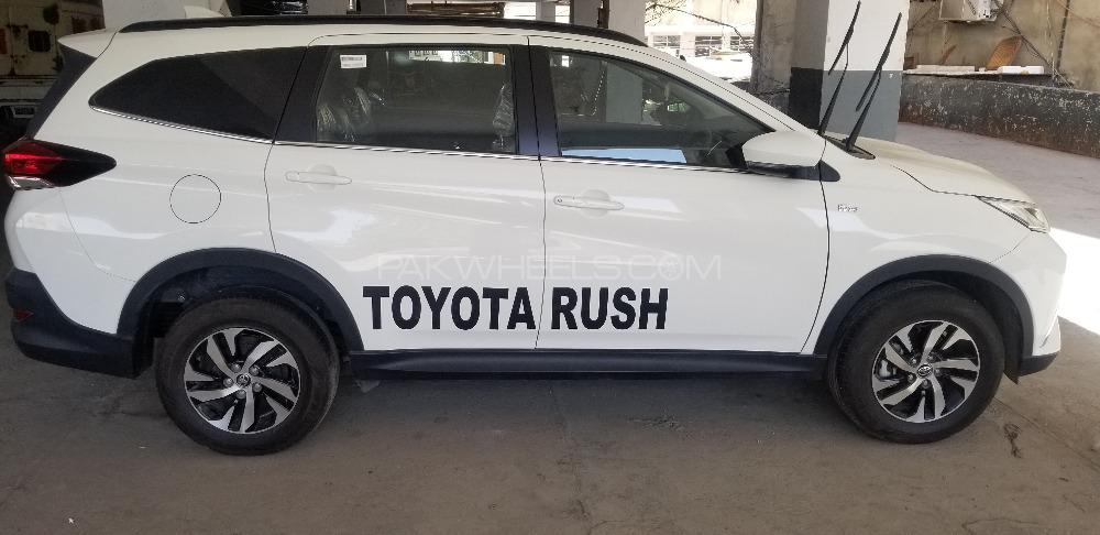 Toyota Rush G A/T 2018 Image-1