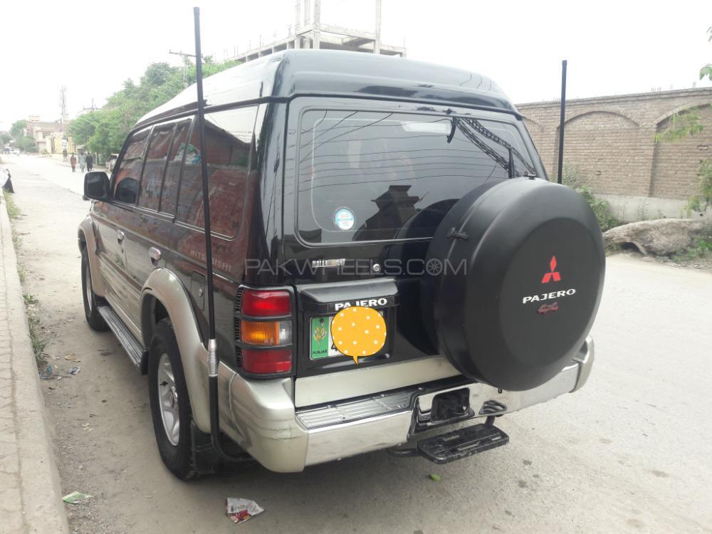 Mitsubishi Shogun 1992 Image-1