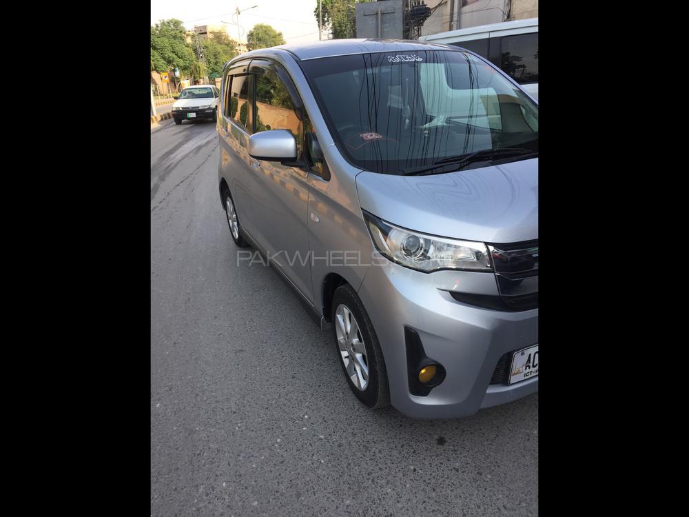 Mitsubishi EK Custom G 2017 Image-1