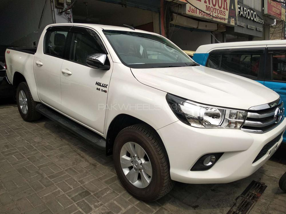 Toyota Hilux Invincible 2018 for sale in Lahore | PakWheels