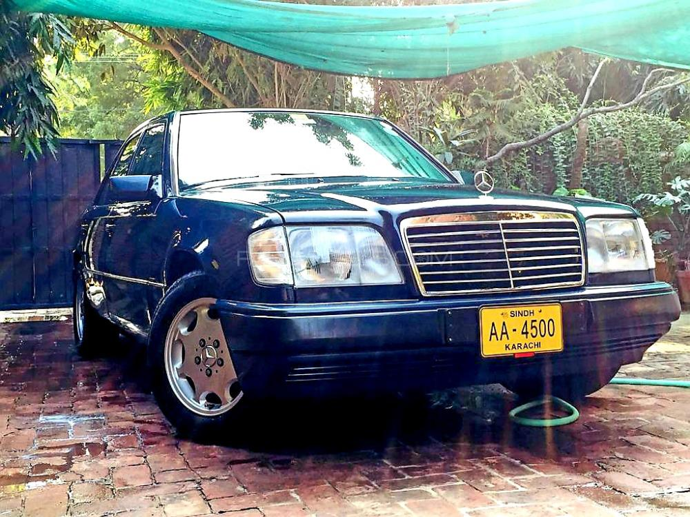 Mercedes Benz E Class E280 1994 Image-1