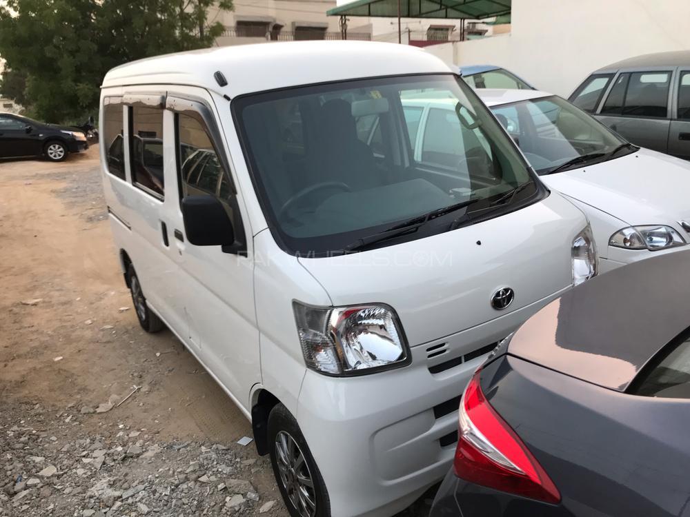 Toyota Pixis Van 2014 Image-1