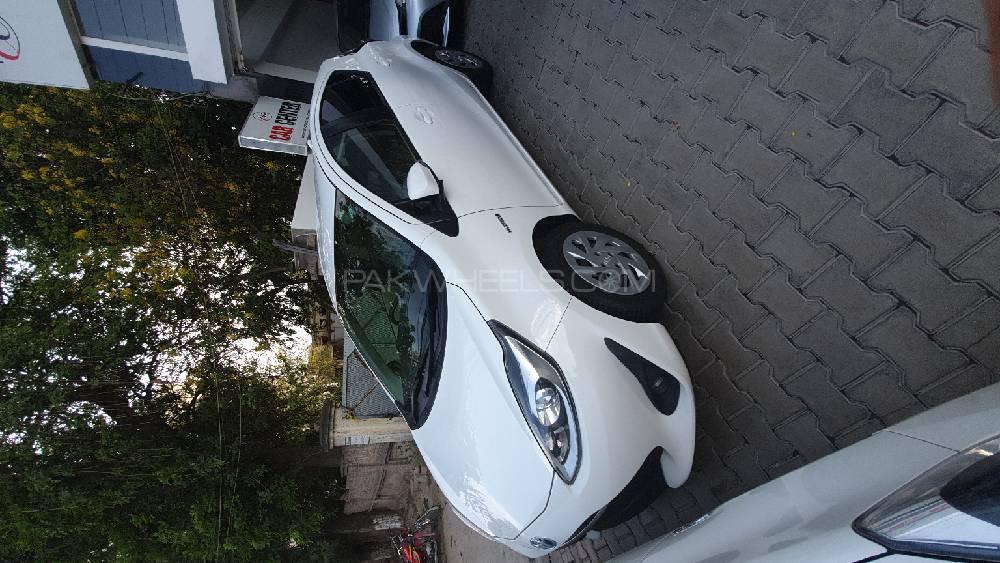 Toyota Aqua G 2017 Image-1