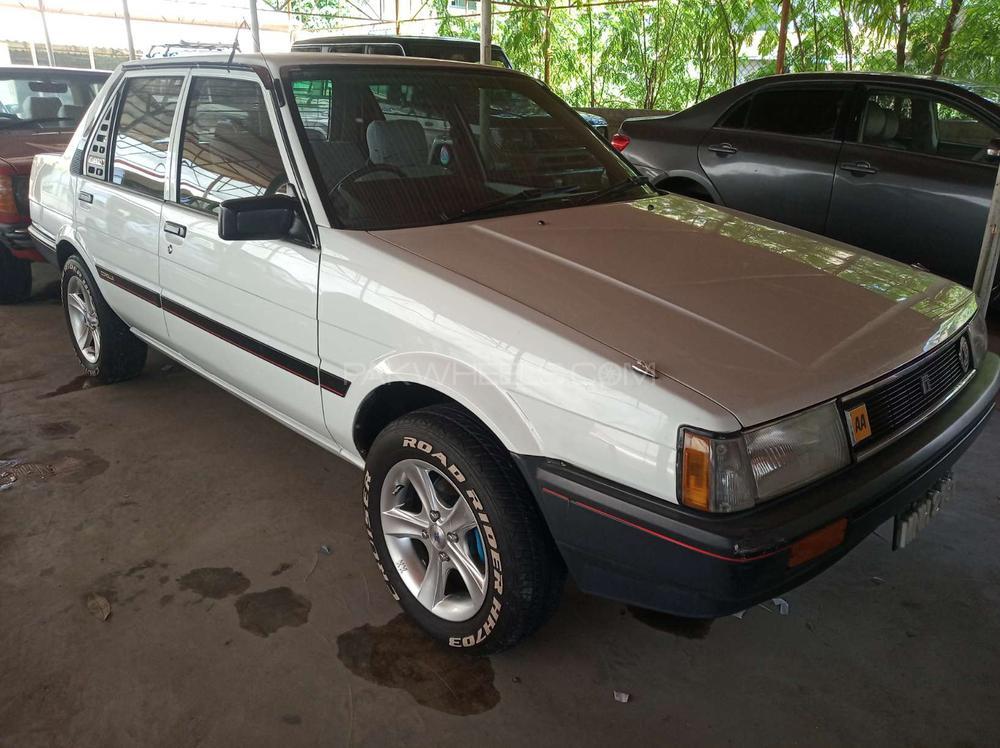 Toyota Corolla DX 1984 Image-1