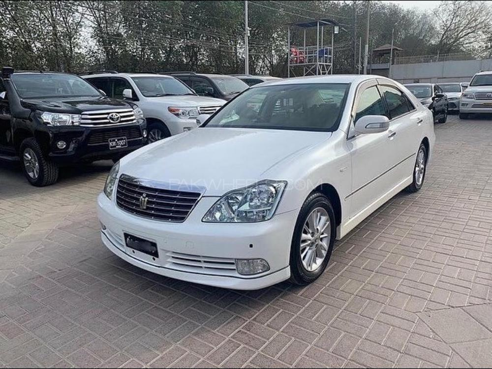 Toyota Crown Royal Saloon G 2004 Image-1