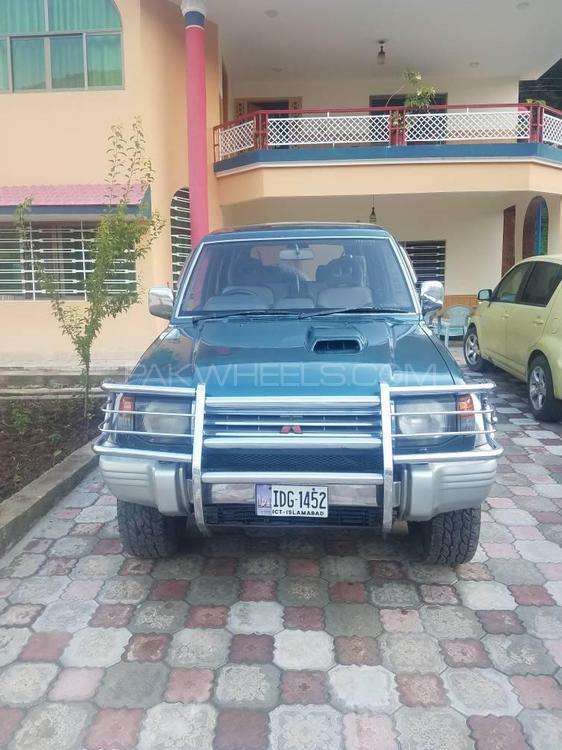Mitsubishi Pajero 1994 Image-1